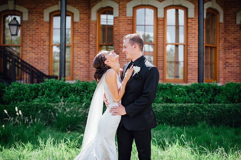KalamazooCountryClub_Wedding_Photography049.jpg