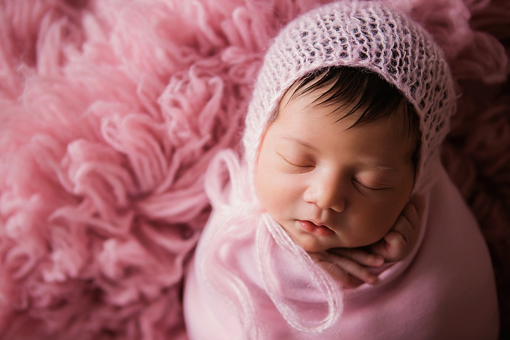 vibrant-colors- newborn-photography12.jpg