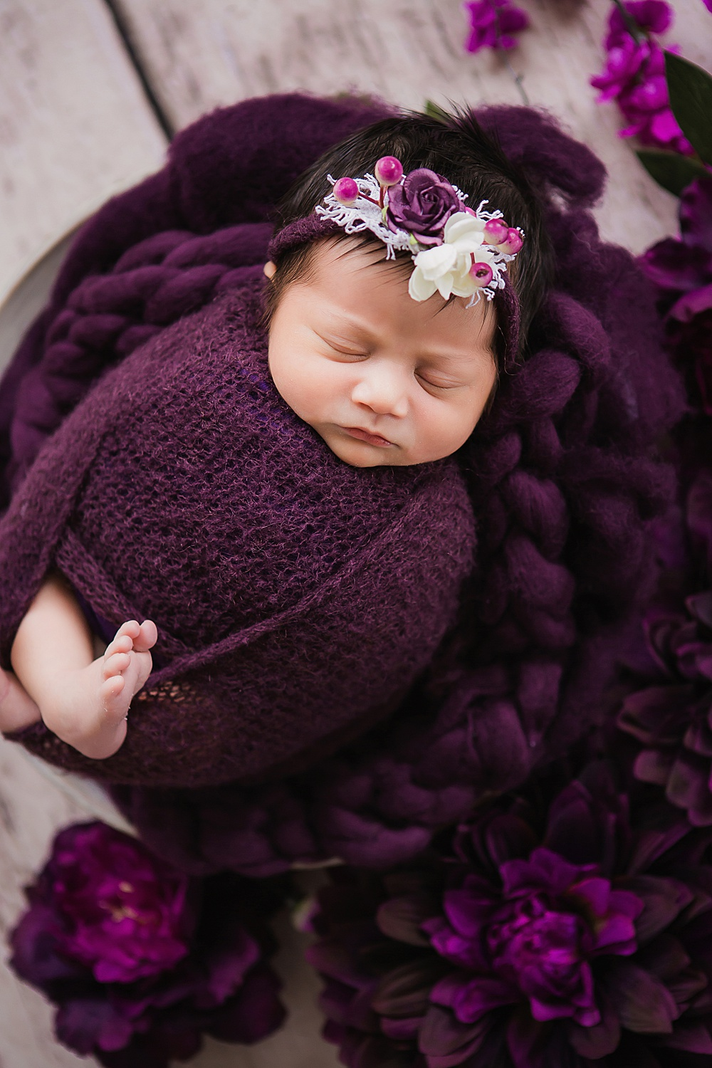 vibrant-colors- newborn-photography18.jpg