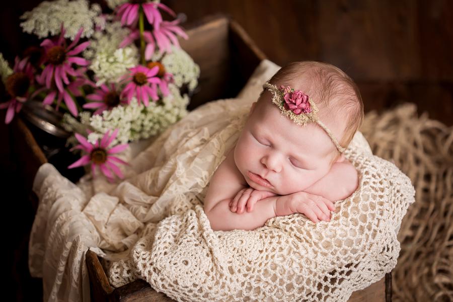 vintage_newborn_Madeline.jpg
