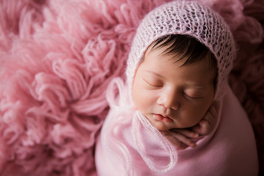 pink_newborn_photography2.jpg