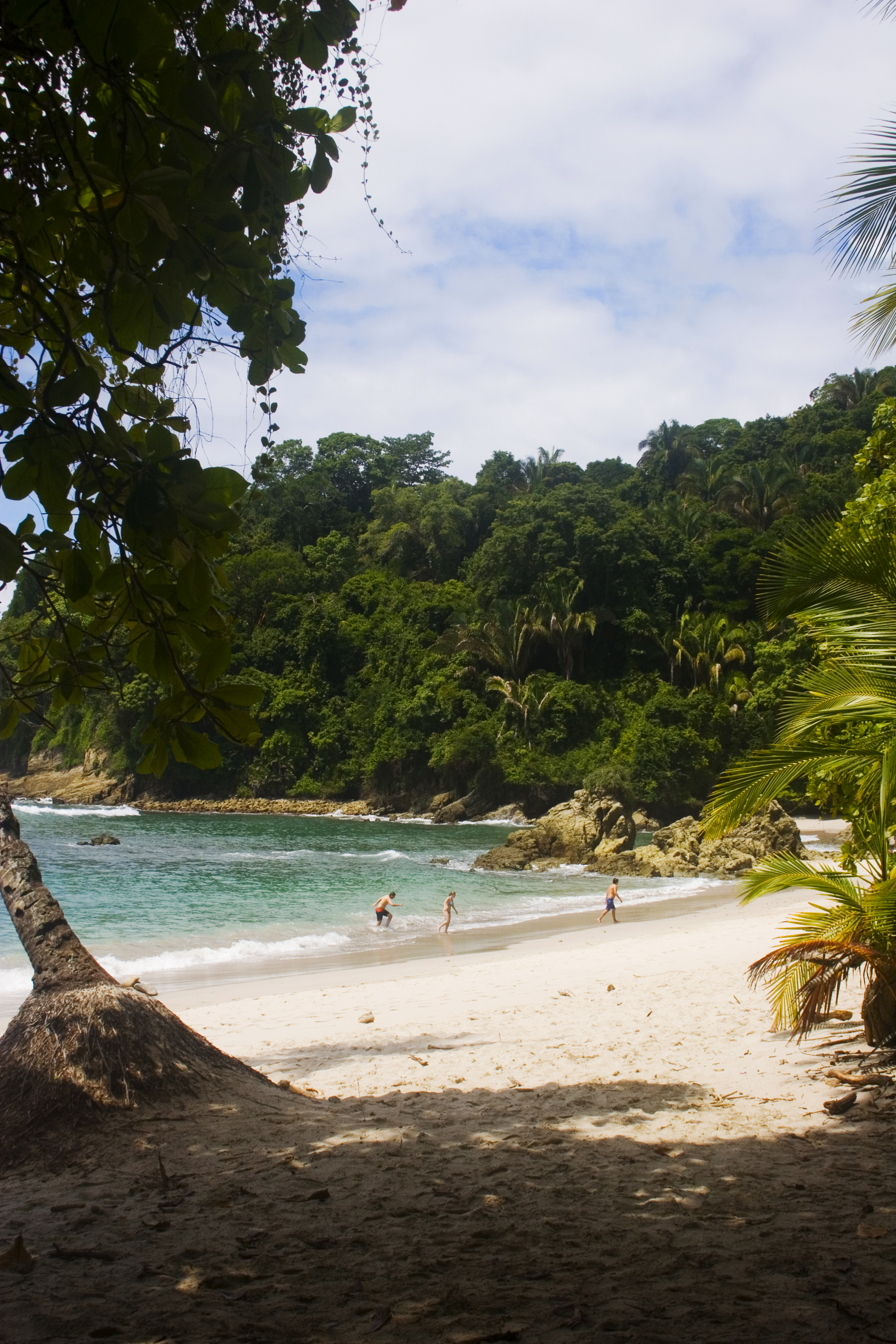 hidden cove in the Parque Manuel Antonio
