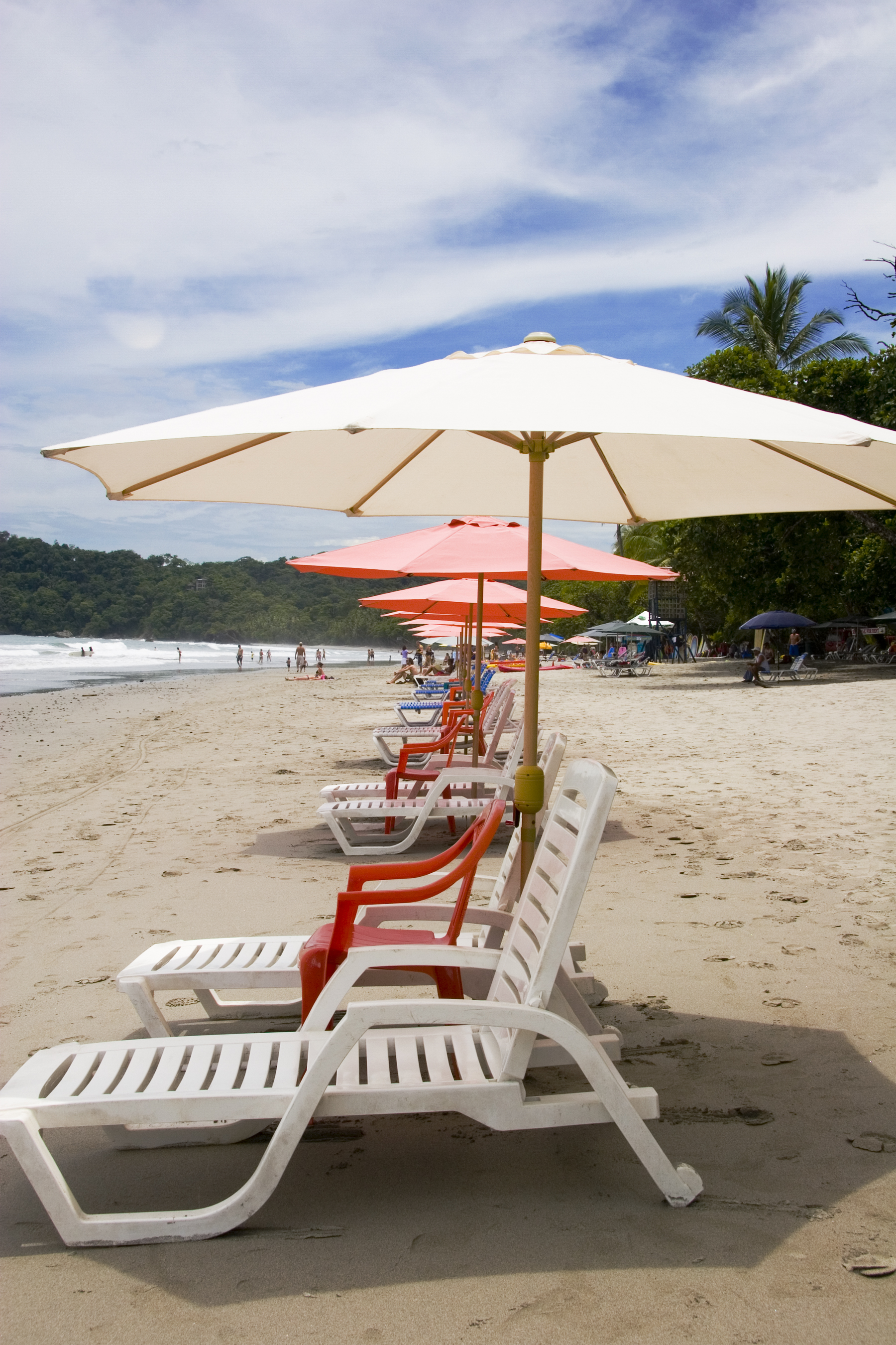 Chaises for rent, Parque Manuel Antonio