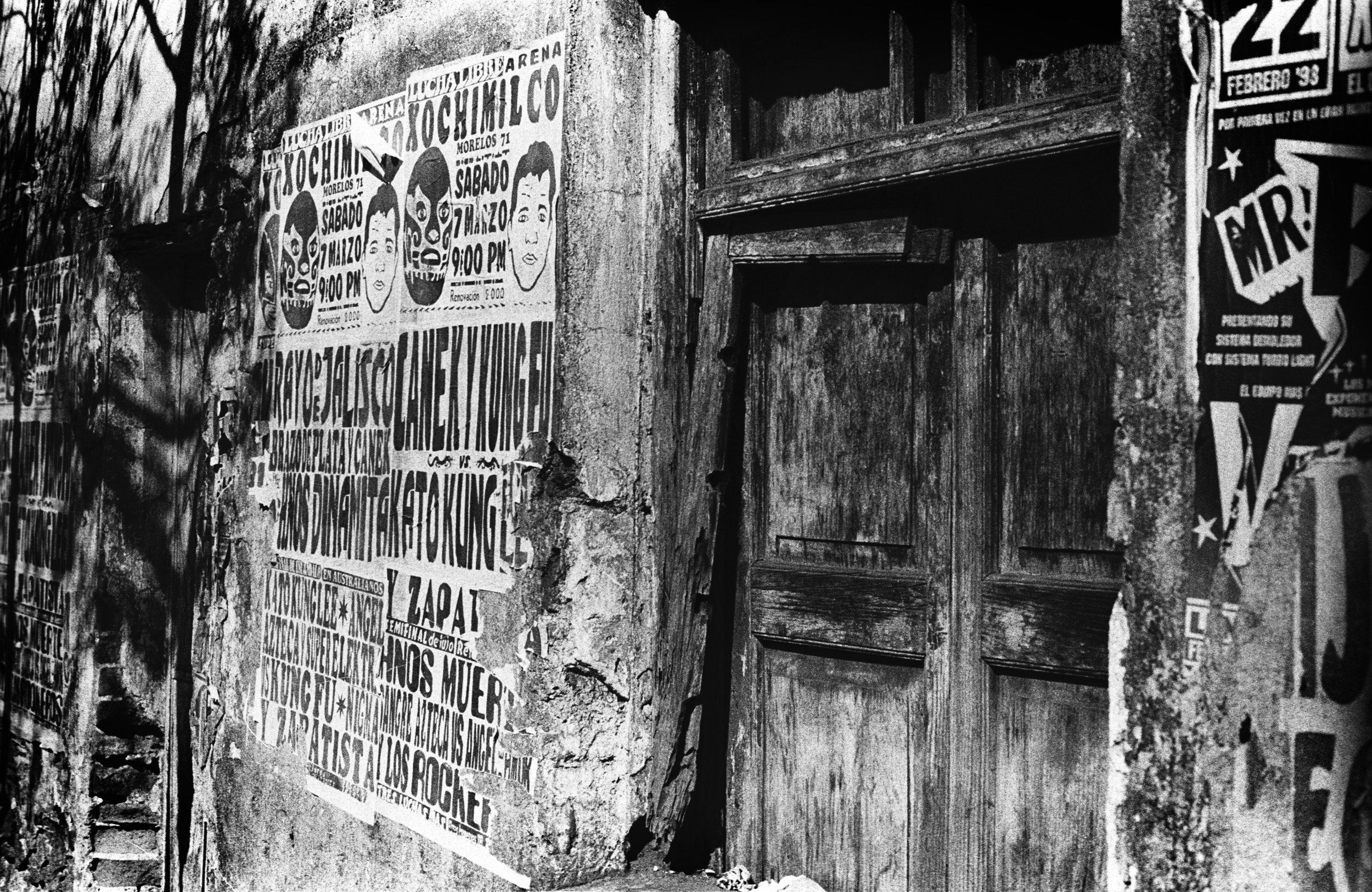 Mexico D.F.,  Doorway Announcements