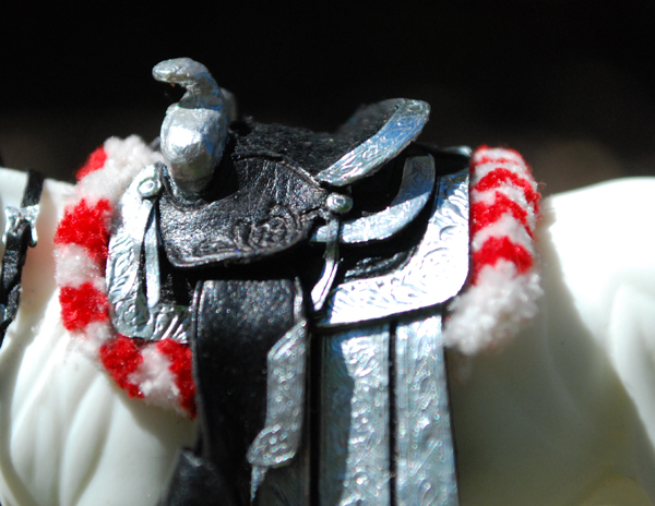 detail-saddle.jpg