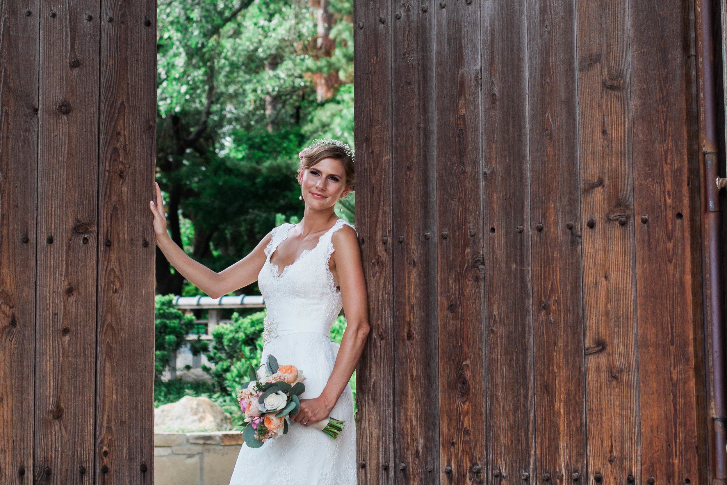 botanical gardens- liz and addision- fort worth wedding photographer-16.jpg