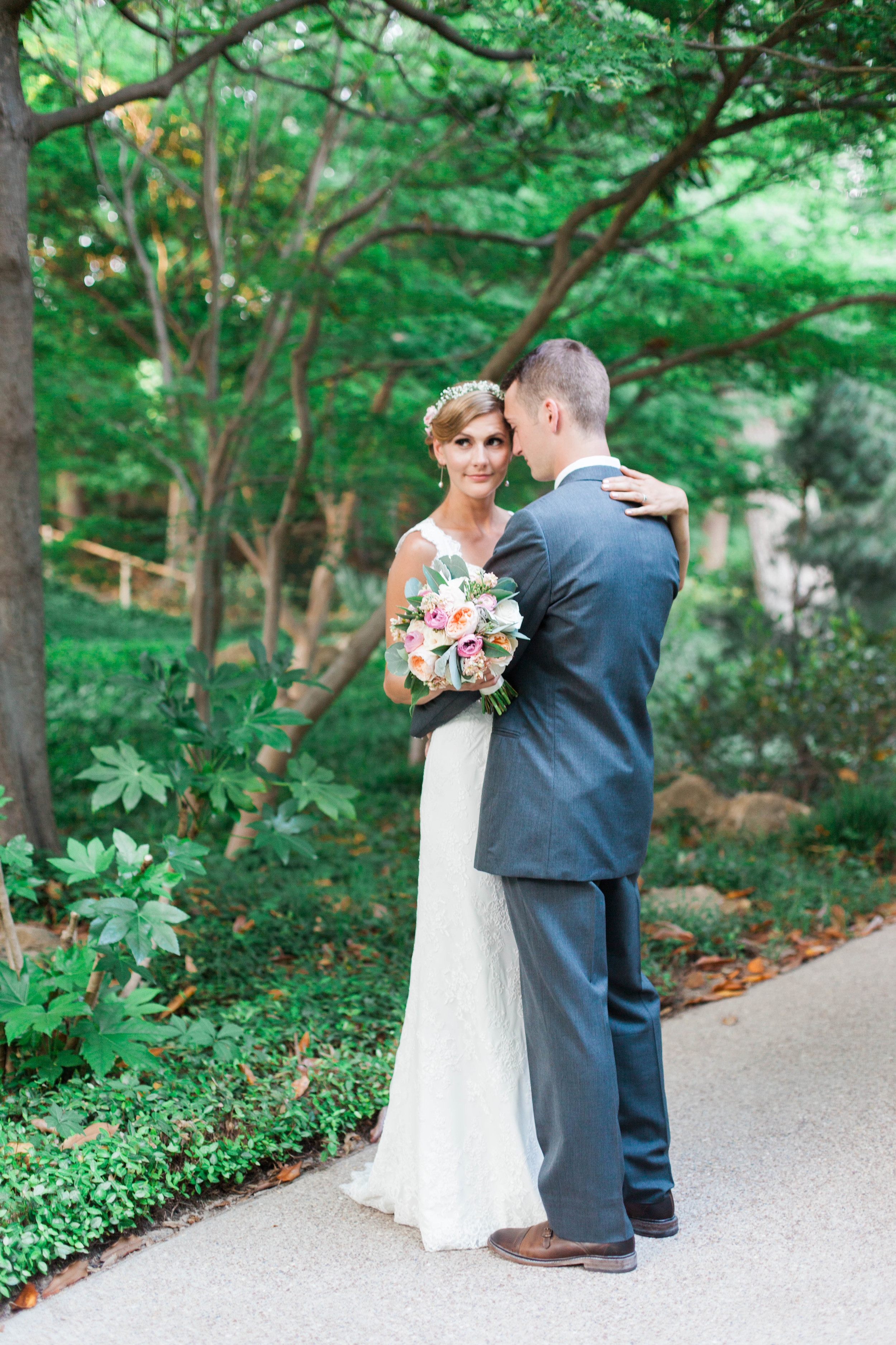 botanical gardens- liz and addision- fort worth wedding photographer-40.jpg