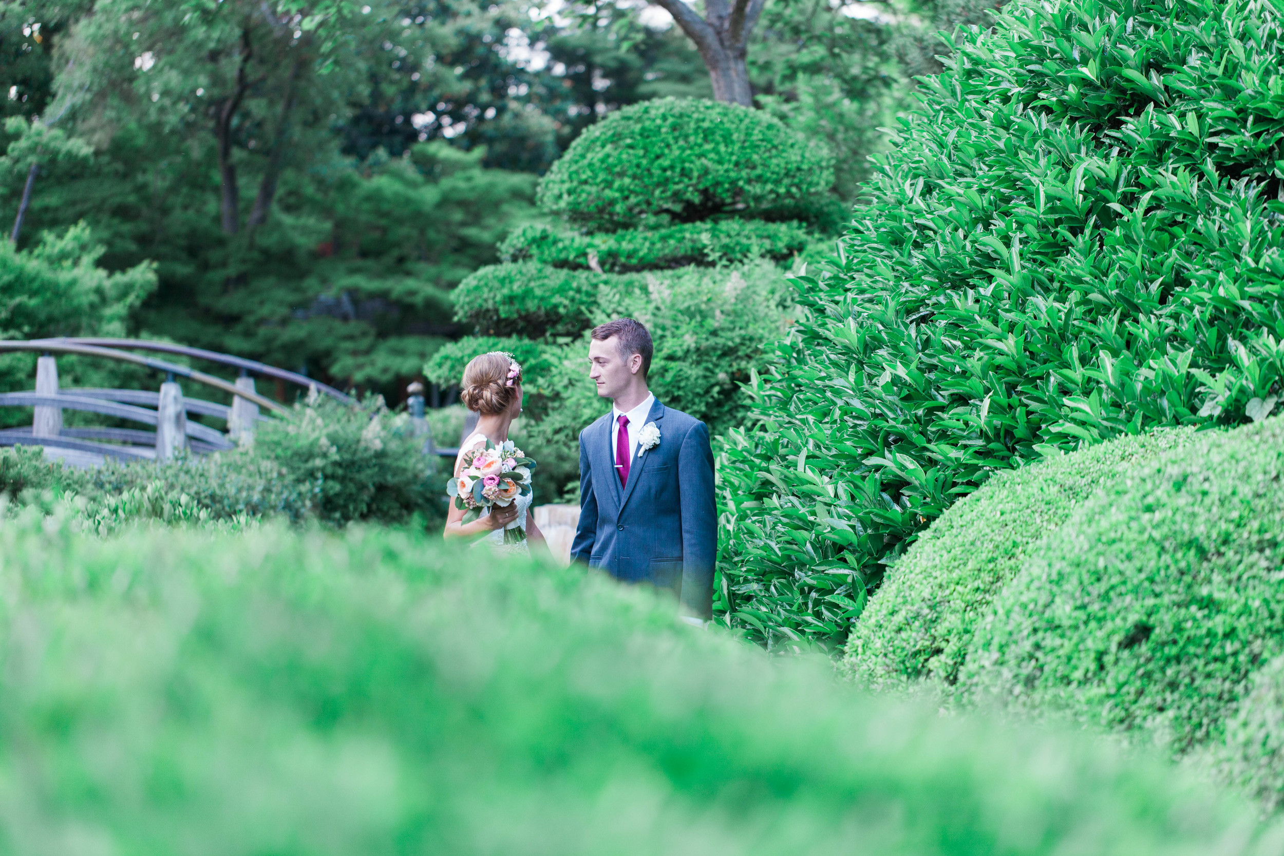 botanical gardens- liz and addision- fort worth wedding photographer-49.jpg