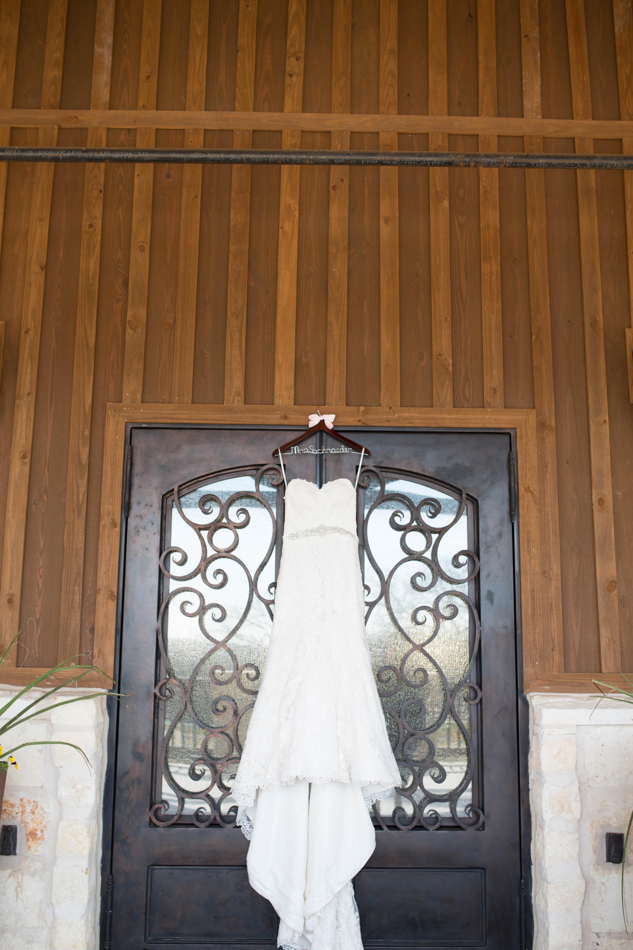 courtney and grant- heritage springs aubrey- dallas fort worth wedding photographer-3.jpg