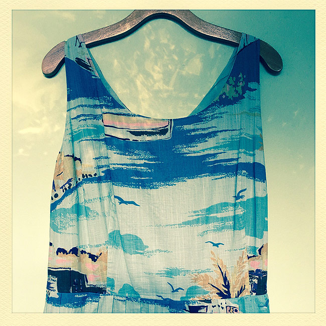 Pretty Boden dress in morning light with hipstamtic app.
