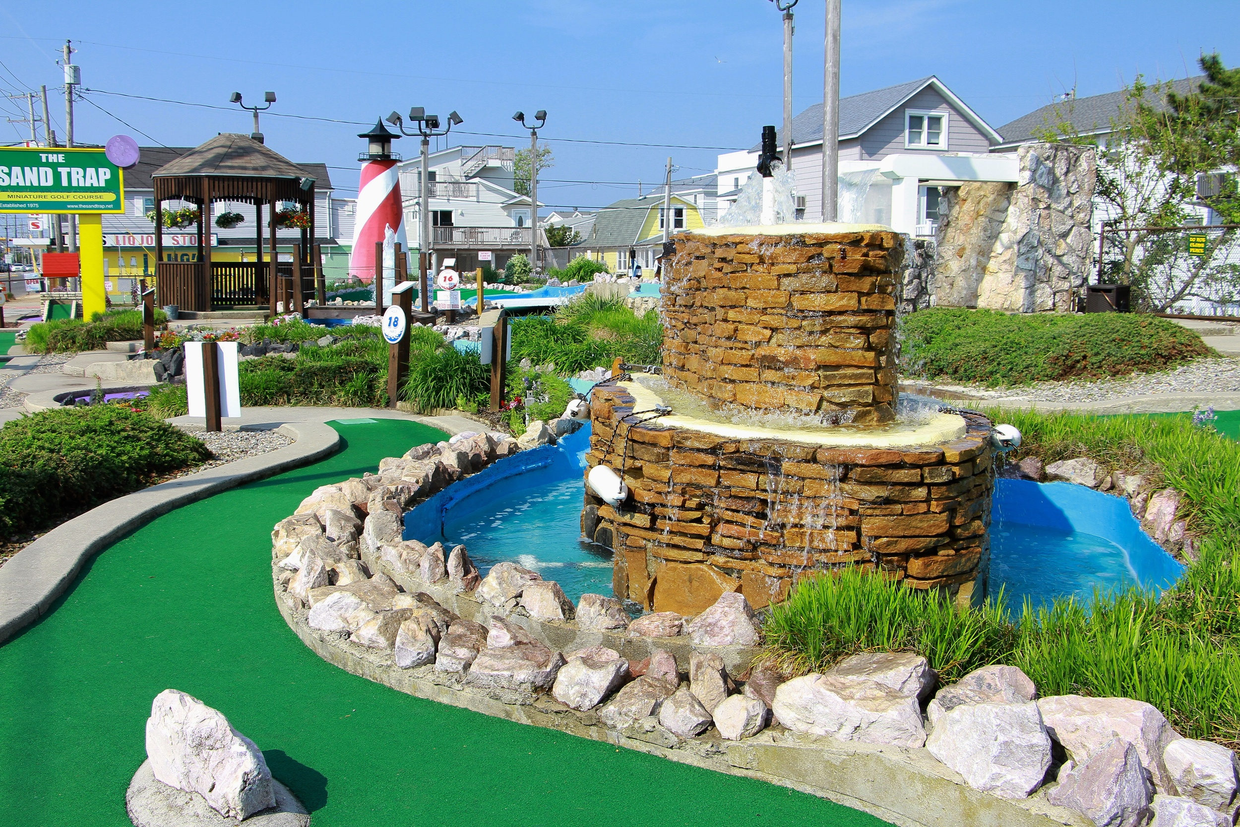 LBI's MOST CHALLENGING MINI GOLF COURSE