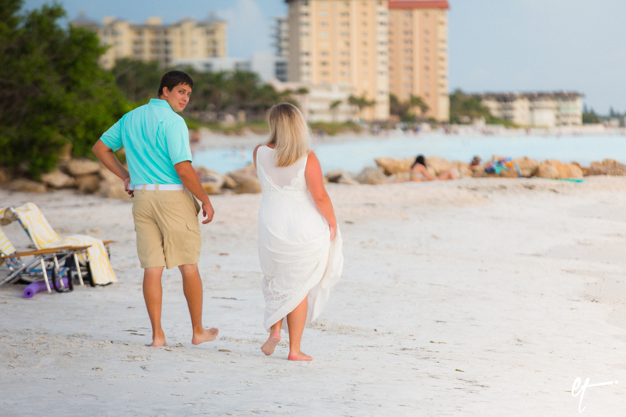 Surprise_Proposal_Sarasota_Lido_Key_Photography_Florida-2.jpg