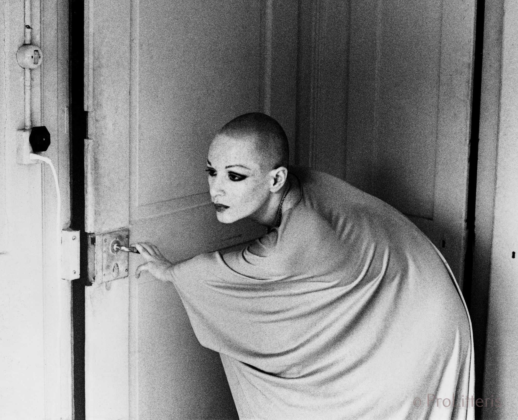 La dame au crâne rasé 1977/78