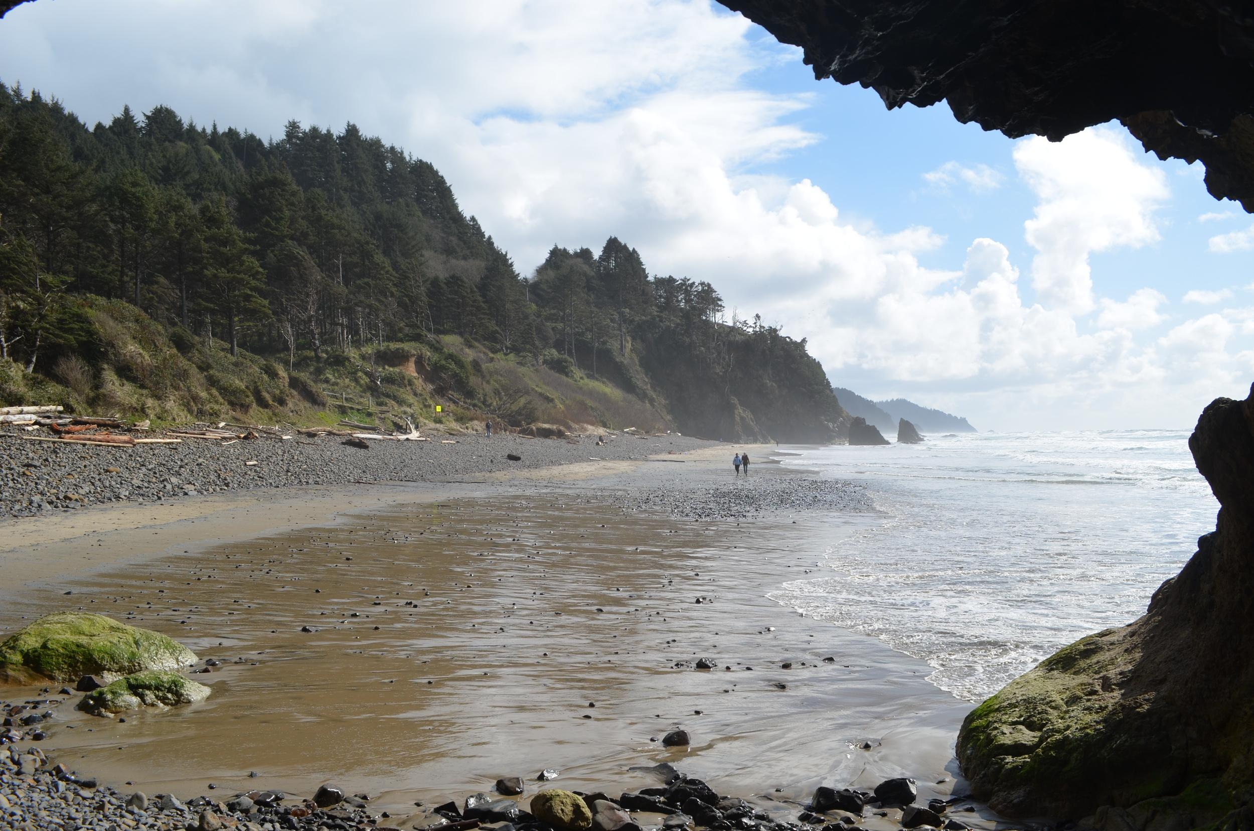 Hug Point Beach