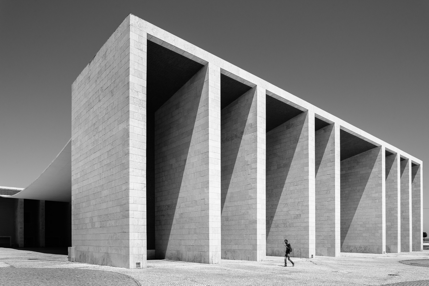 dacian-groza-concrete-black-and-white-architectural-photography-04-0704.jpg