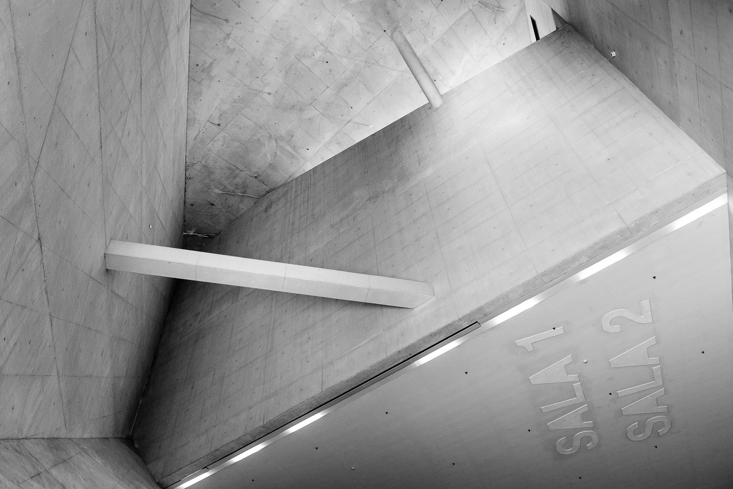 dacian-groza-concrete-black-and-white-architectural-photography-08-1660.jpg