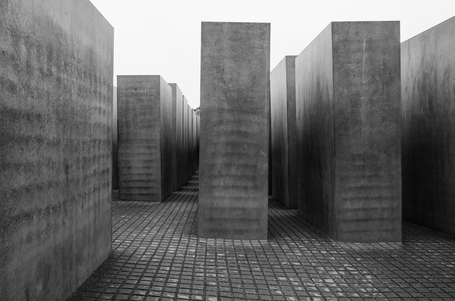 dacian-groza-concrete-black-and-white-architectural-photography-18-000154.jpg