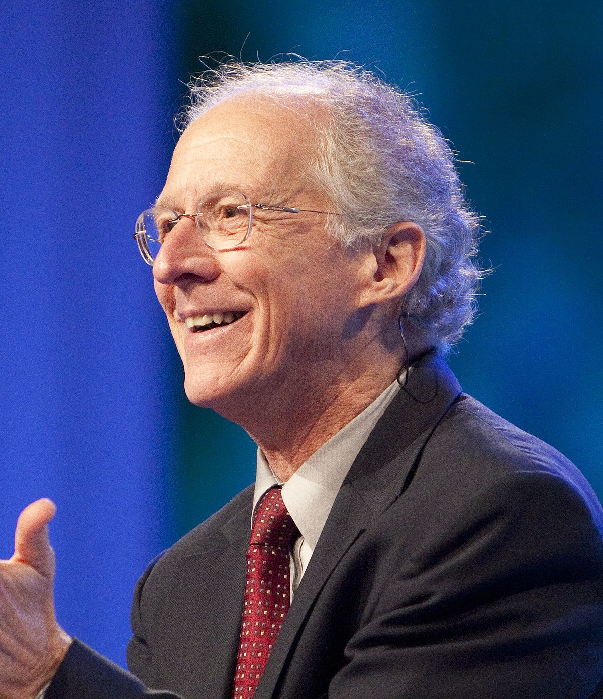 1200px-Photo_of_John_Piper,_Oct_2010_(cropped).jpg