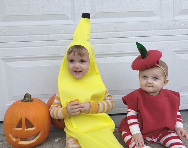 They moved trick or treating up to tonight, so Happy Halloween! 🍌🍎