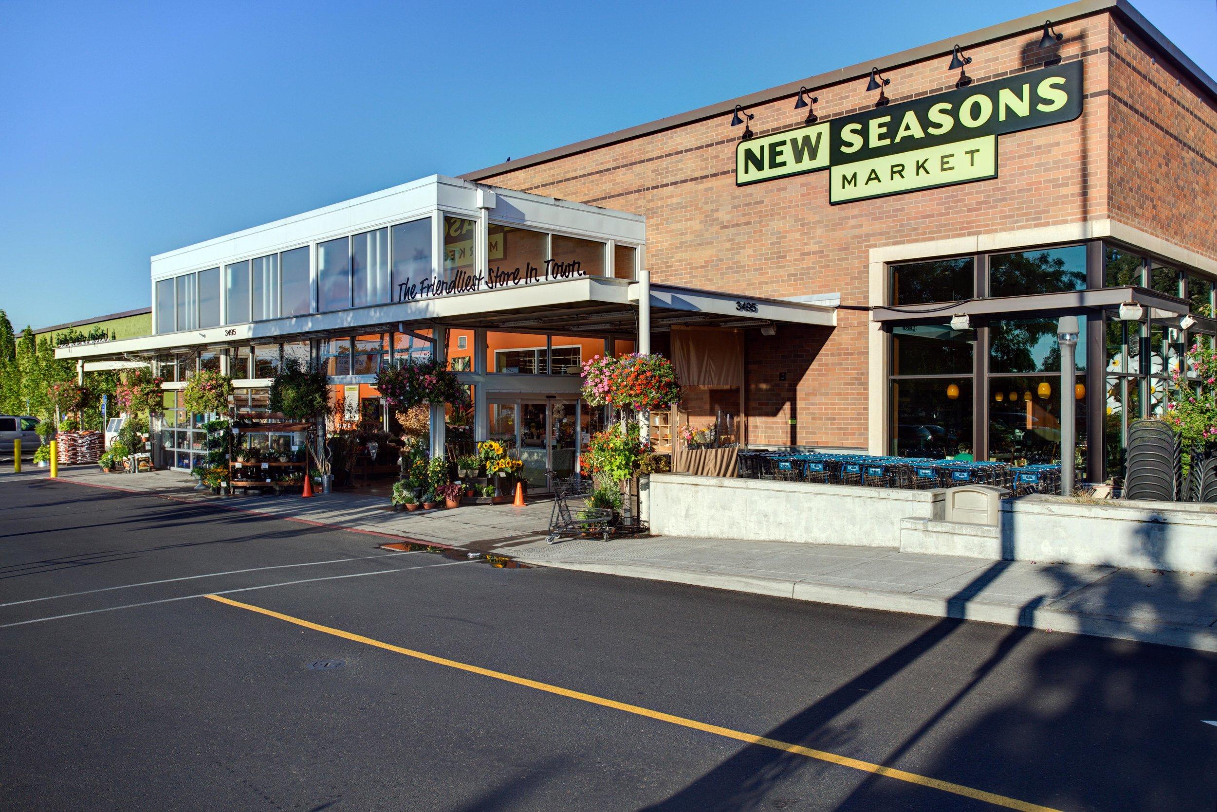 Cedar Hills New Seasons Market. Beaverton, Oregon