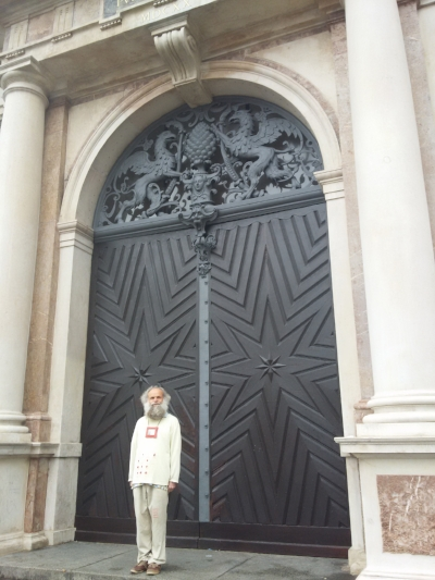 I was attempting to capture the awesome doors on the Town Hall in Augsburg. This guy was just so happy to pose for my photo, how could I say no?! Dude looks like he was enjoying his day. :)