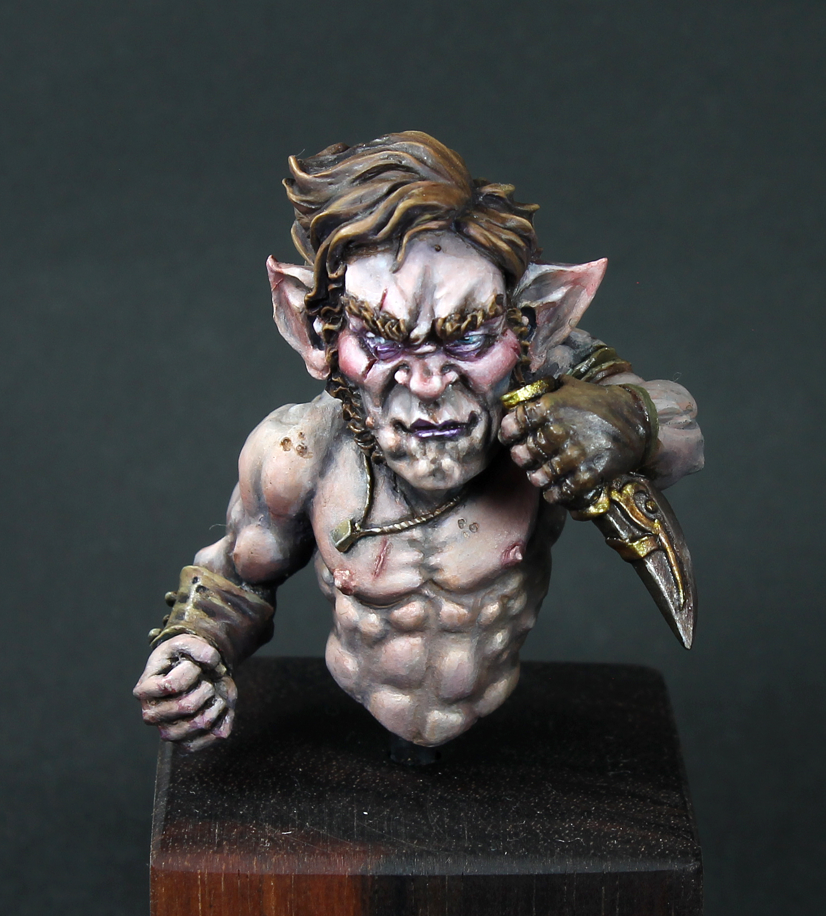 Casey Hastings - Gnome Bust.jpg