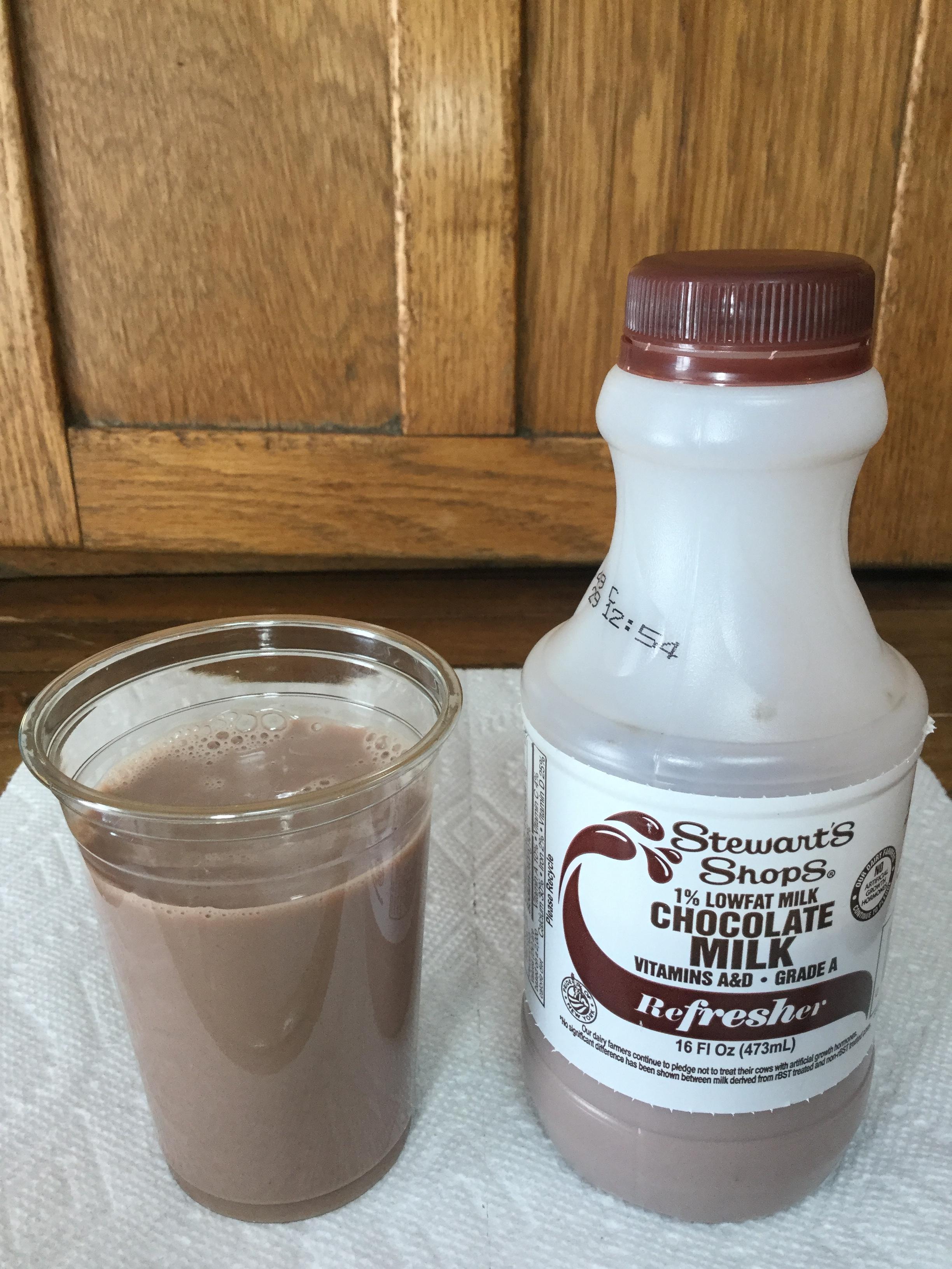 Stewart's Shops 1% Chocolate Milk Cup