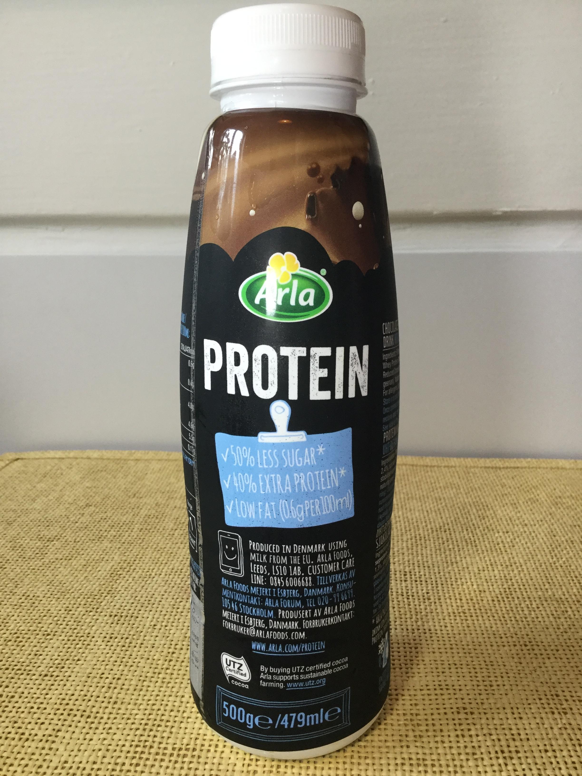Arla Protein Chocolate Flavoured Milk Drink 50% Less Sugar Side 3