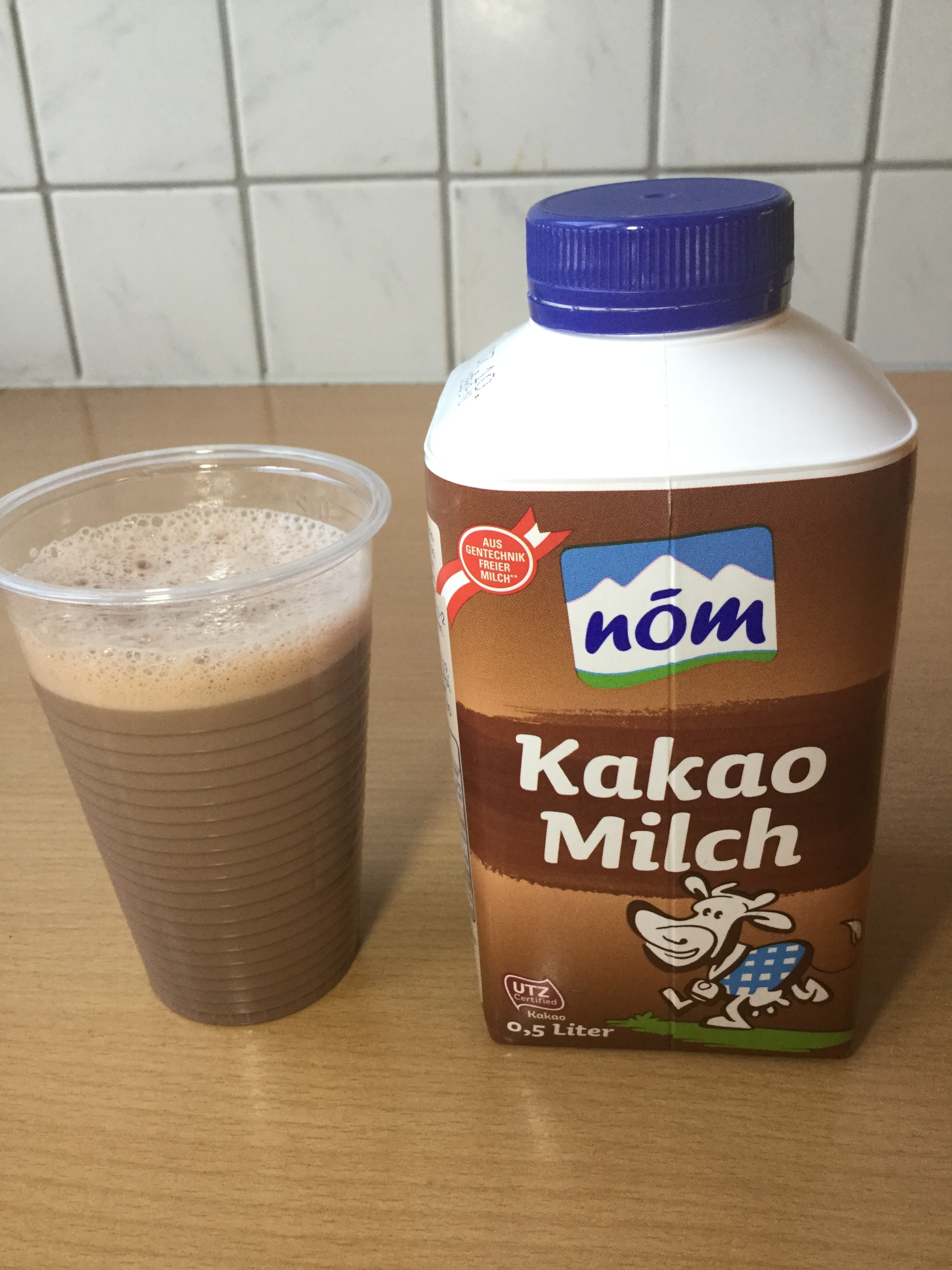 Nom Kakao Milch Cup