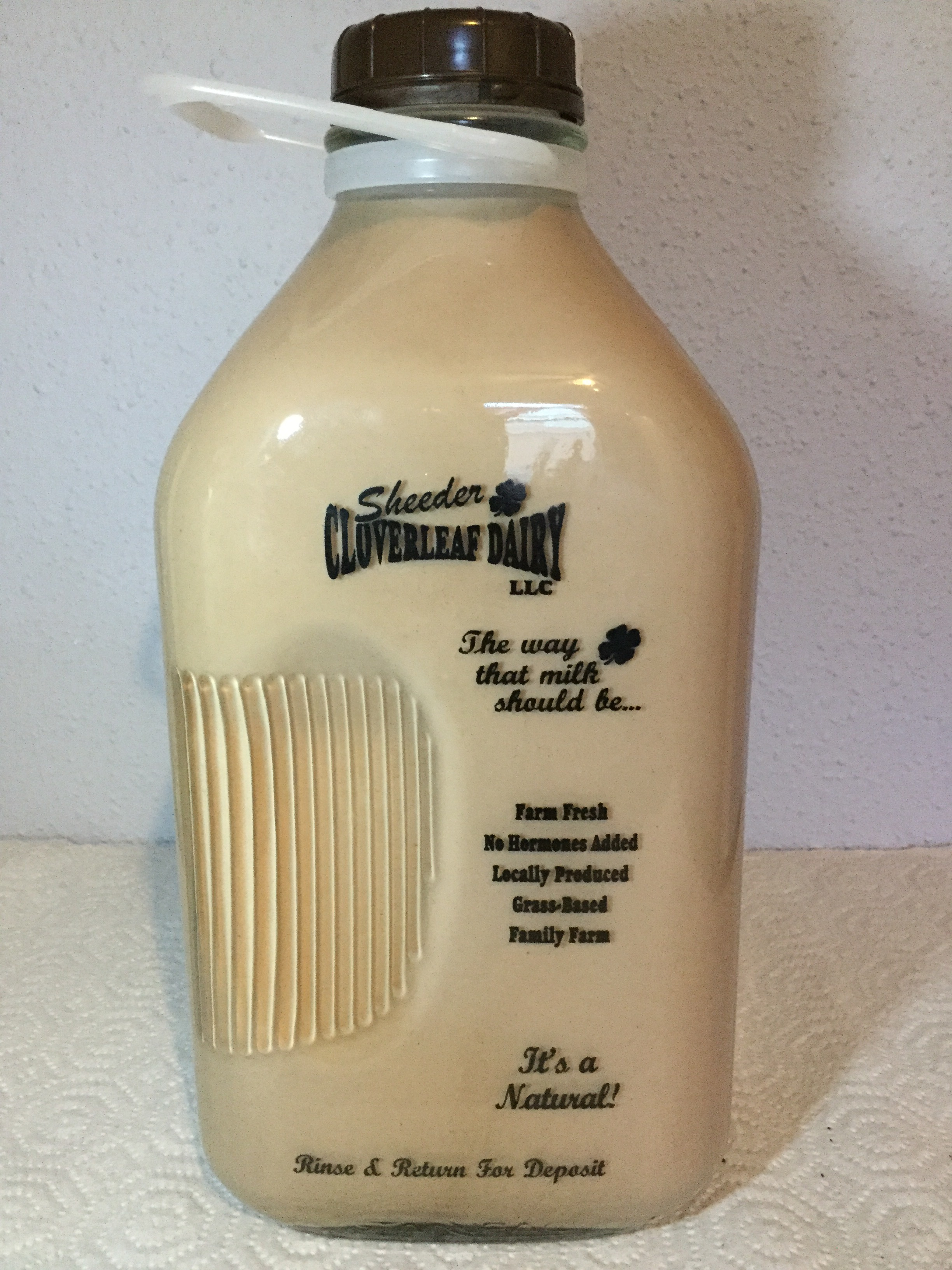 Sheeder Cloverleaf Dairy Chocolate Milk Side 1