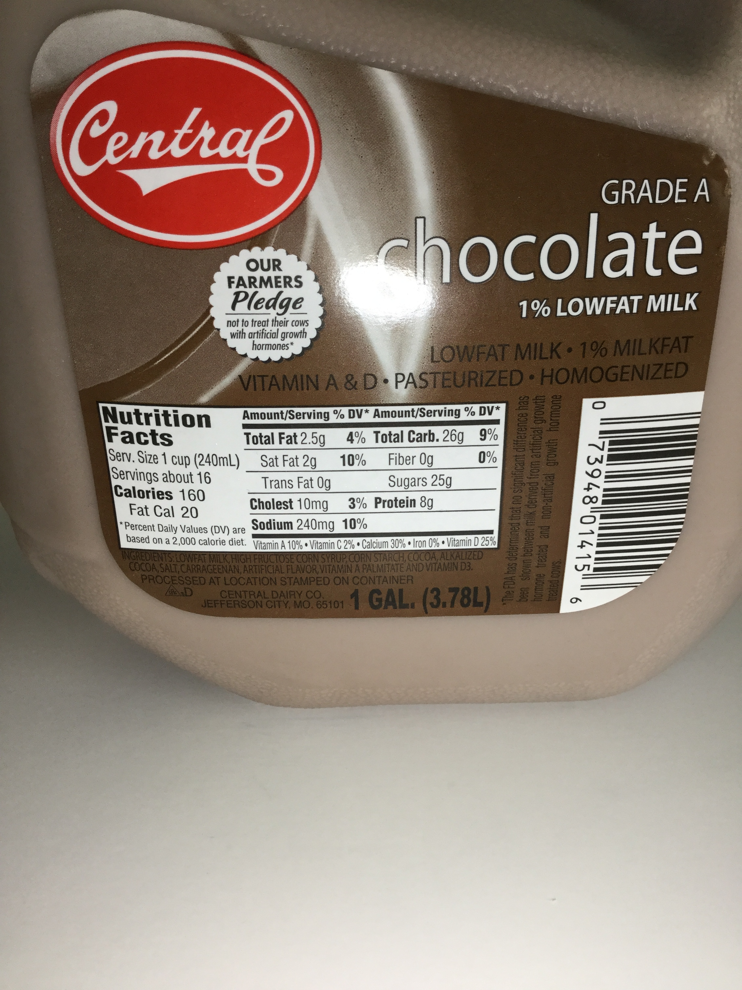Central Dairy Low Fat Chocolate Milk Side 1