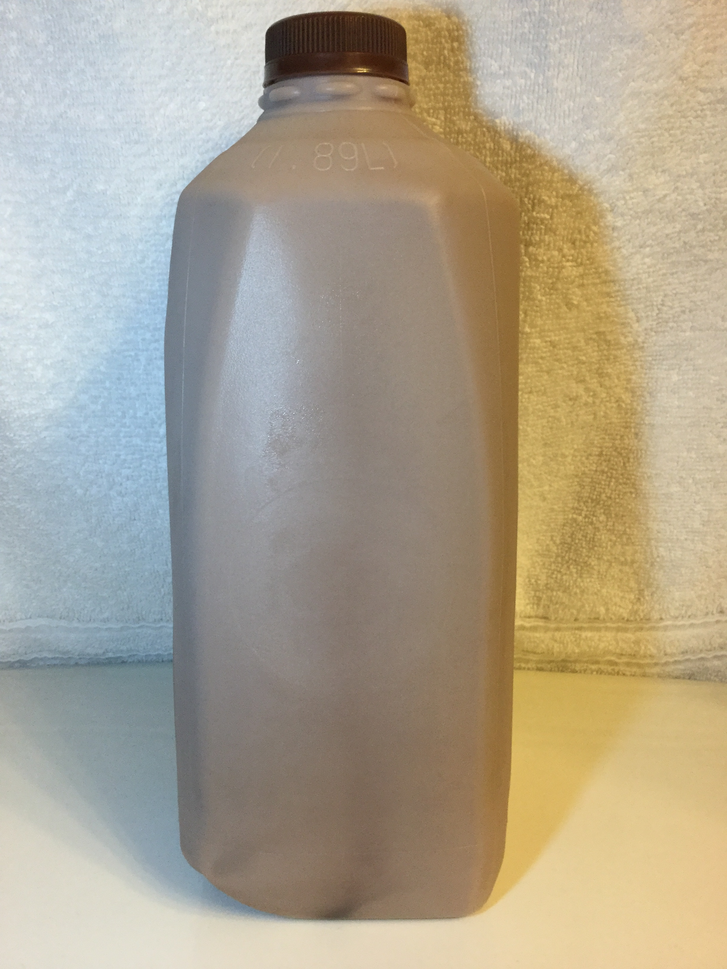 Giant Low Fat Chocolate Milk Side 1