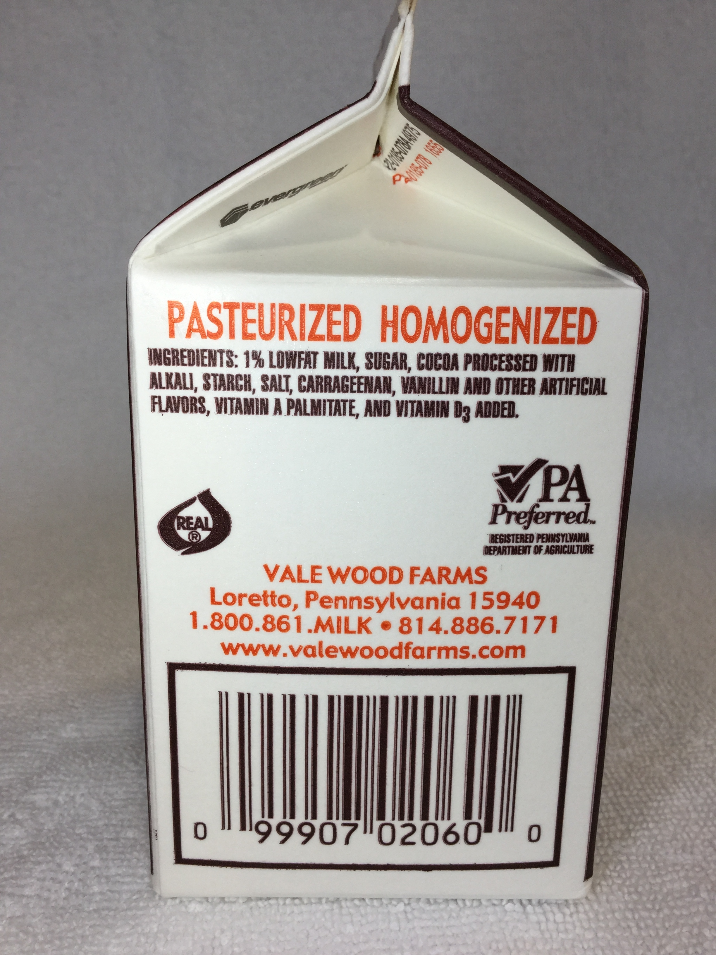 Vale Wood Farms Lowfat Chocolate Milk Side 2