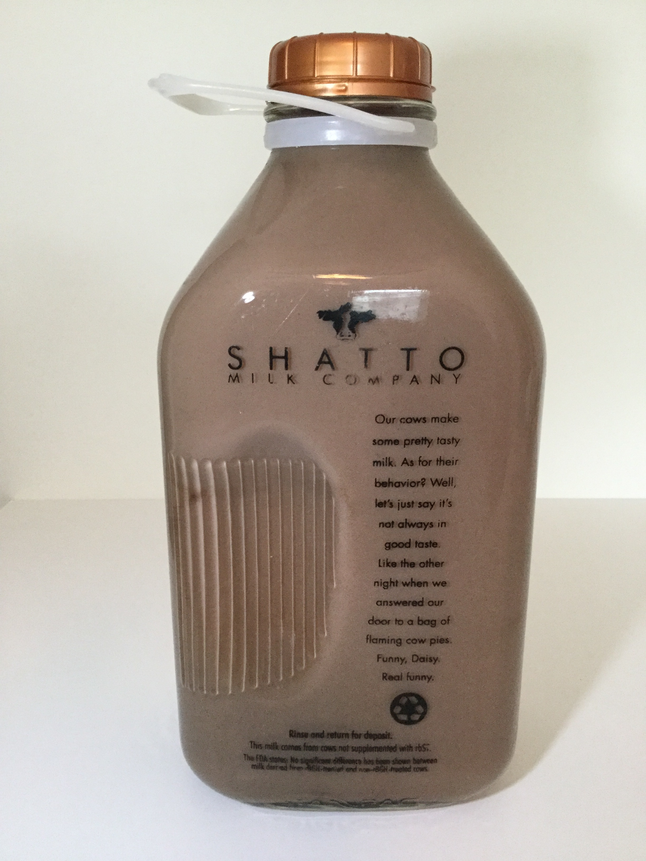 Shatto Milk Company Reduced Fat Chocolate Milk Side 1