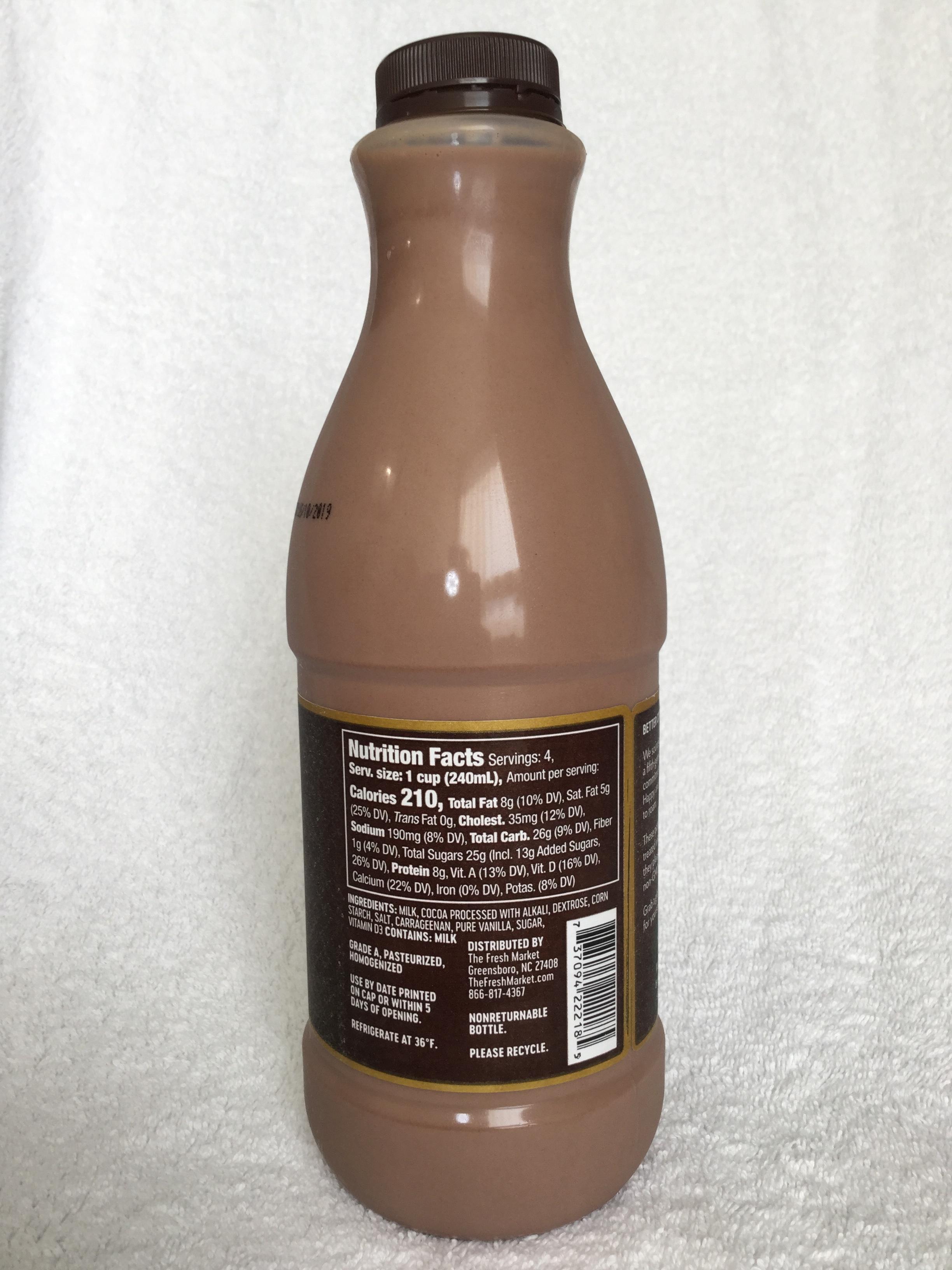 The Fresh Market Whole Chocolate Milk Side 1