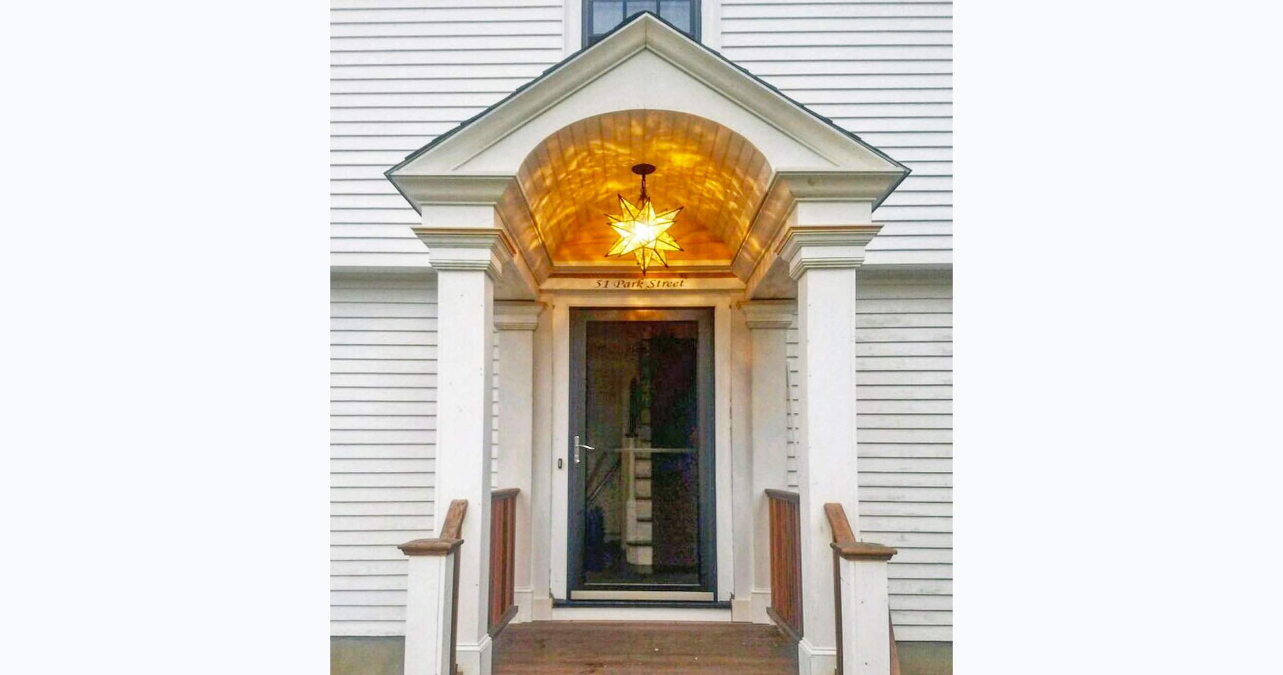 finished portico.JPG