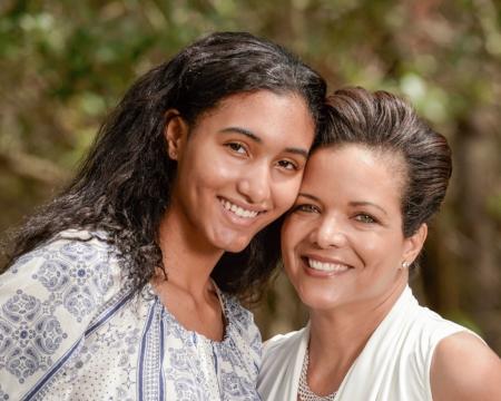 Natalia and Simone: New Humanity Project Board members