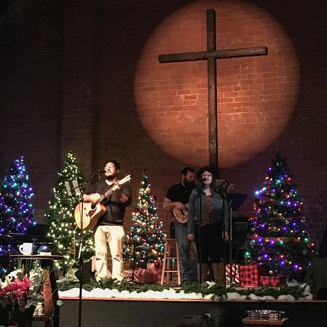 Celebrating the first day of advent at @pasadenachurch.