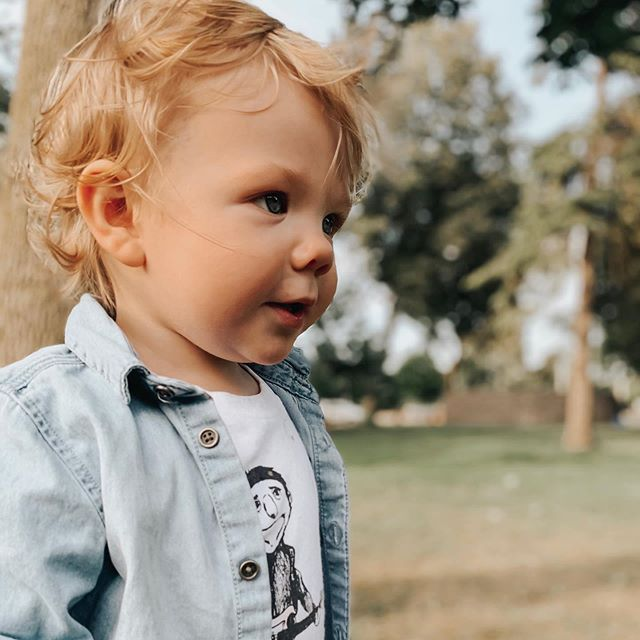 I hope you never lose your sense of curiosity. The way you look at the world around you. You are a little piece of magic ✨ #raisingaboy #letthembelittle