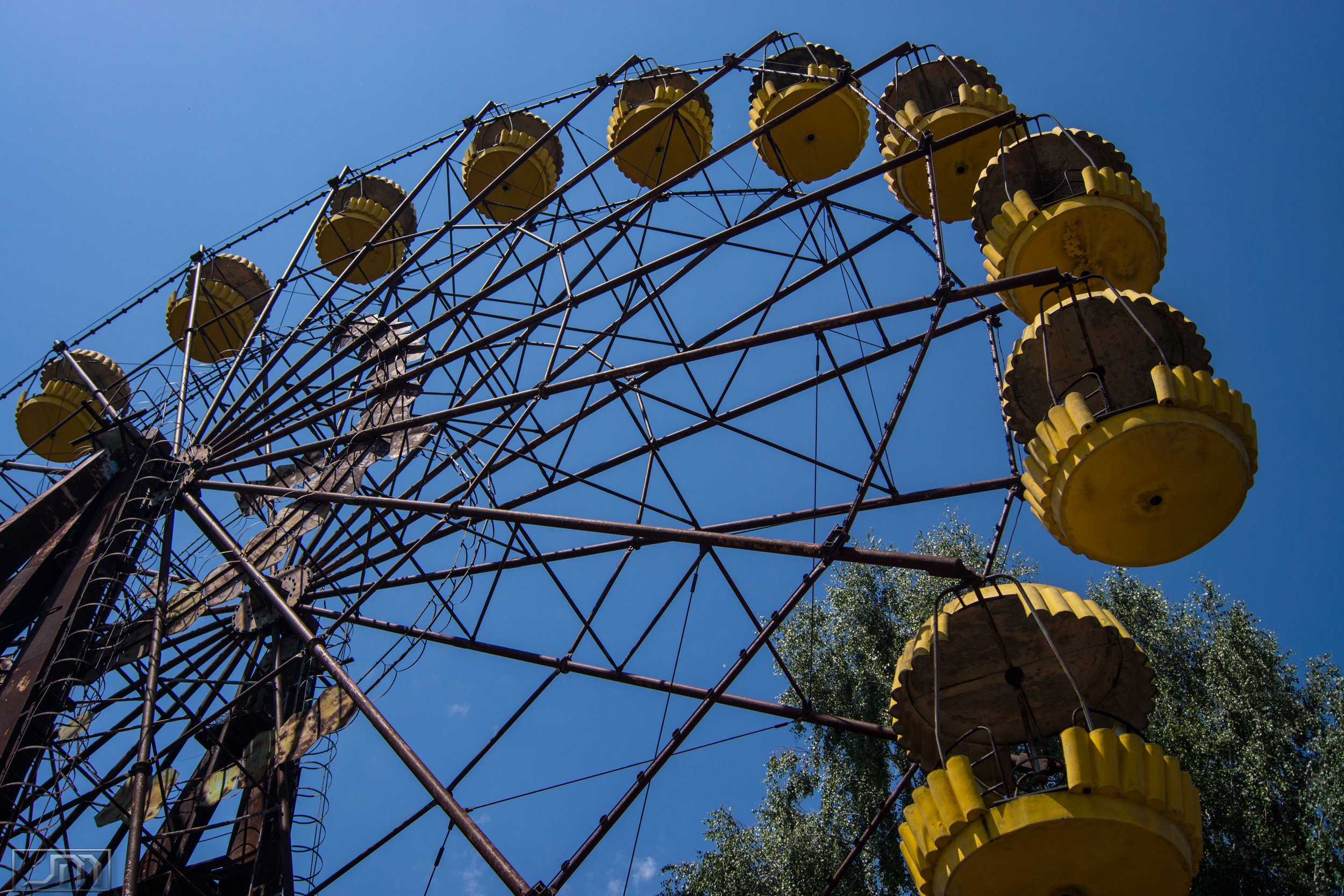 Chernobyl - Ferris Wheel Side 3.jpg