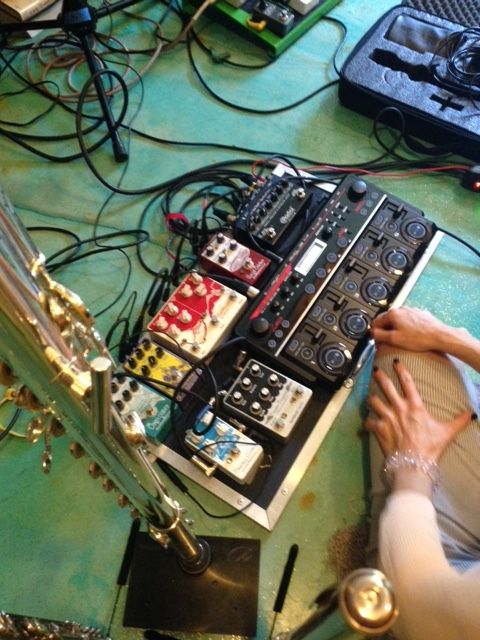 Sarah Jane Hargis'FX/Looper pedal board.
