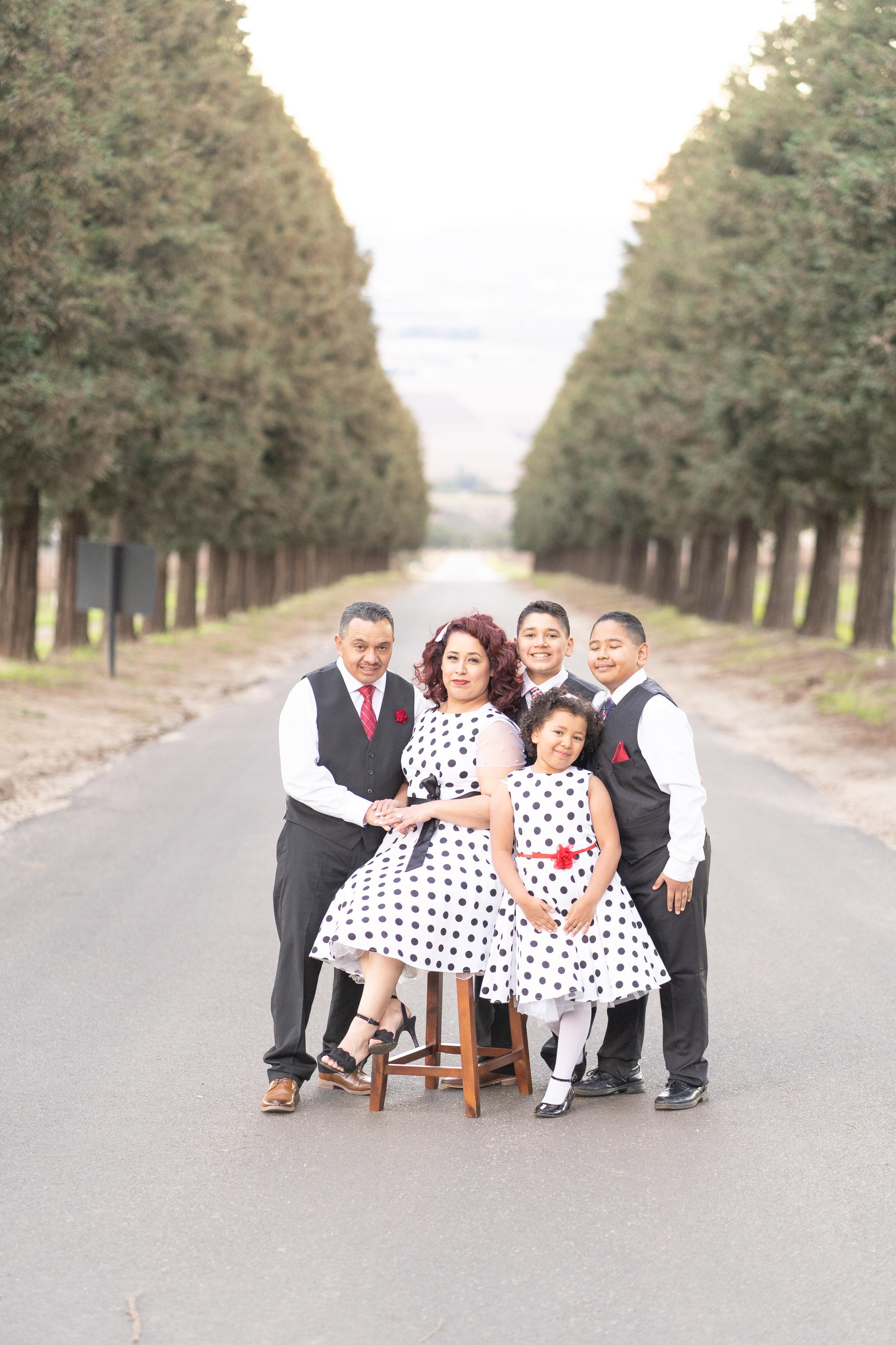 mares-family-hahn-winery-photographer-77.JPG