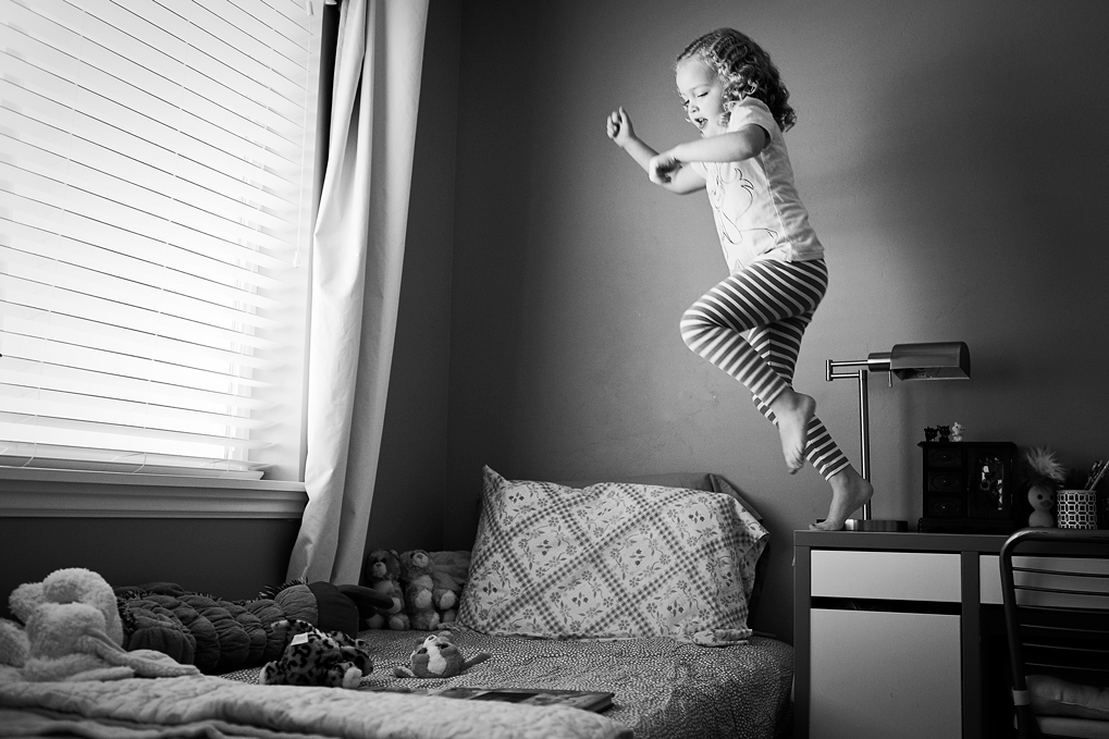 Jumping on bed, Roseville Lifestyle Photographer