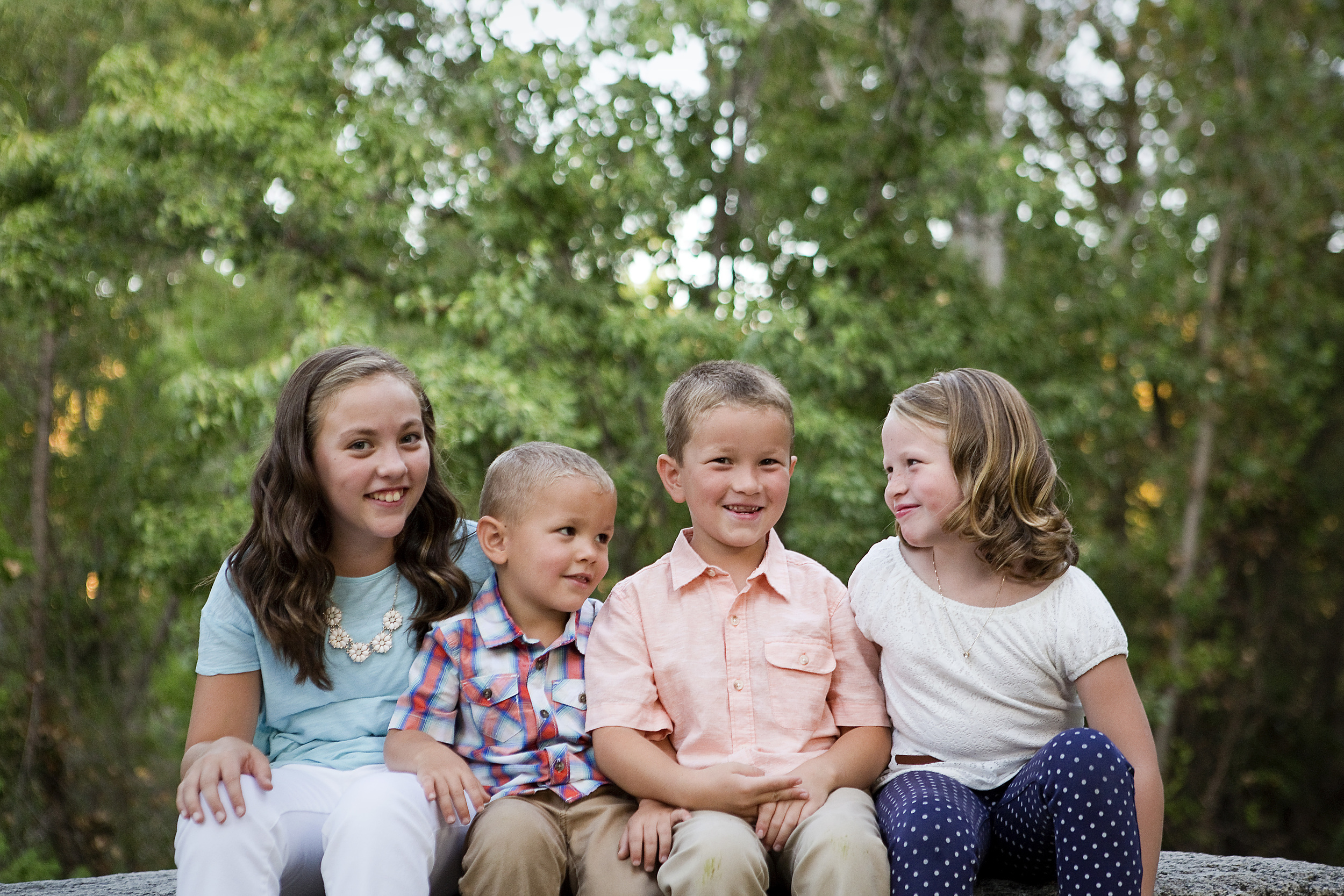 Siblings, Roseville Family Photographer
