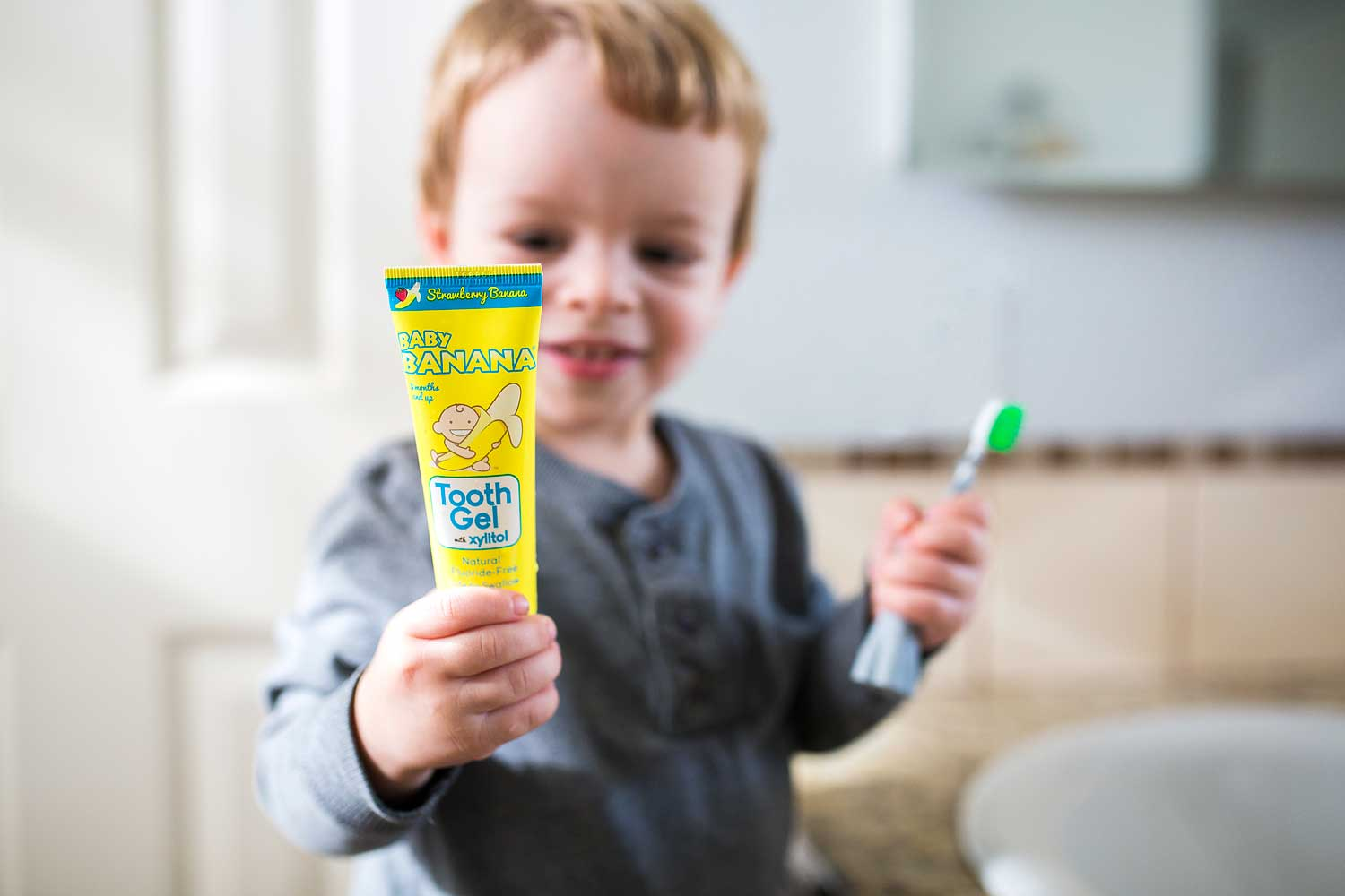 Baby Banana Brush Tooth Gel, Roseville Commercial Photographer, Amy Wright Photography