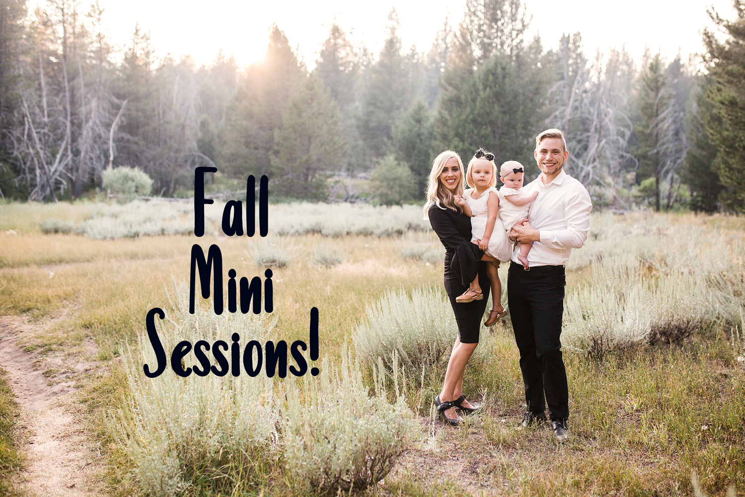 A family poses for mini sessions with Amy Wright Photography in the Sacramento and Roseville areas of Northern California.