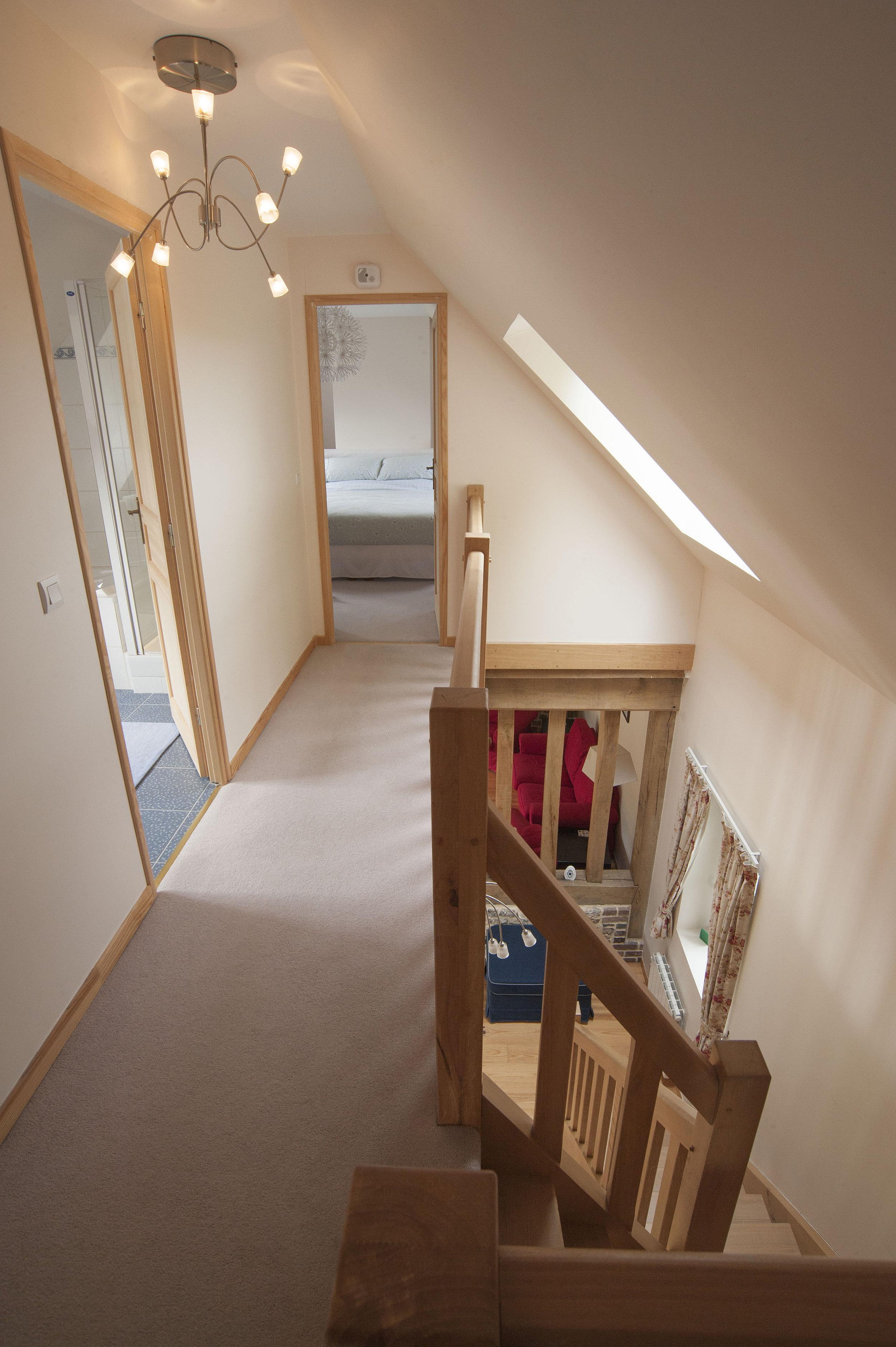 hallway5501.jpg