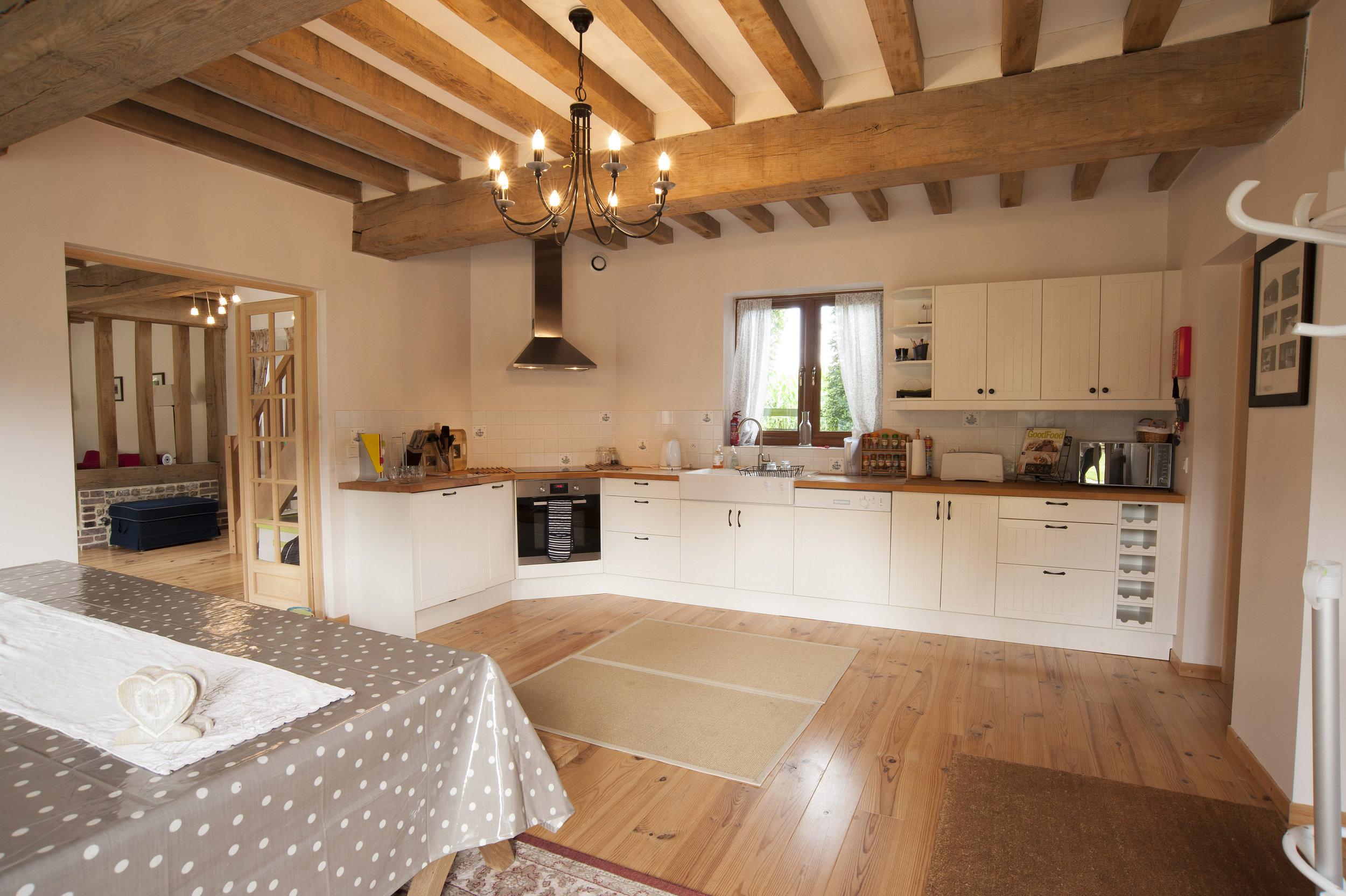 kitchen5560.jpg