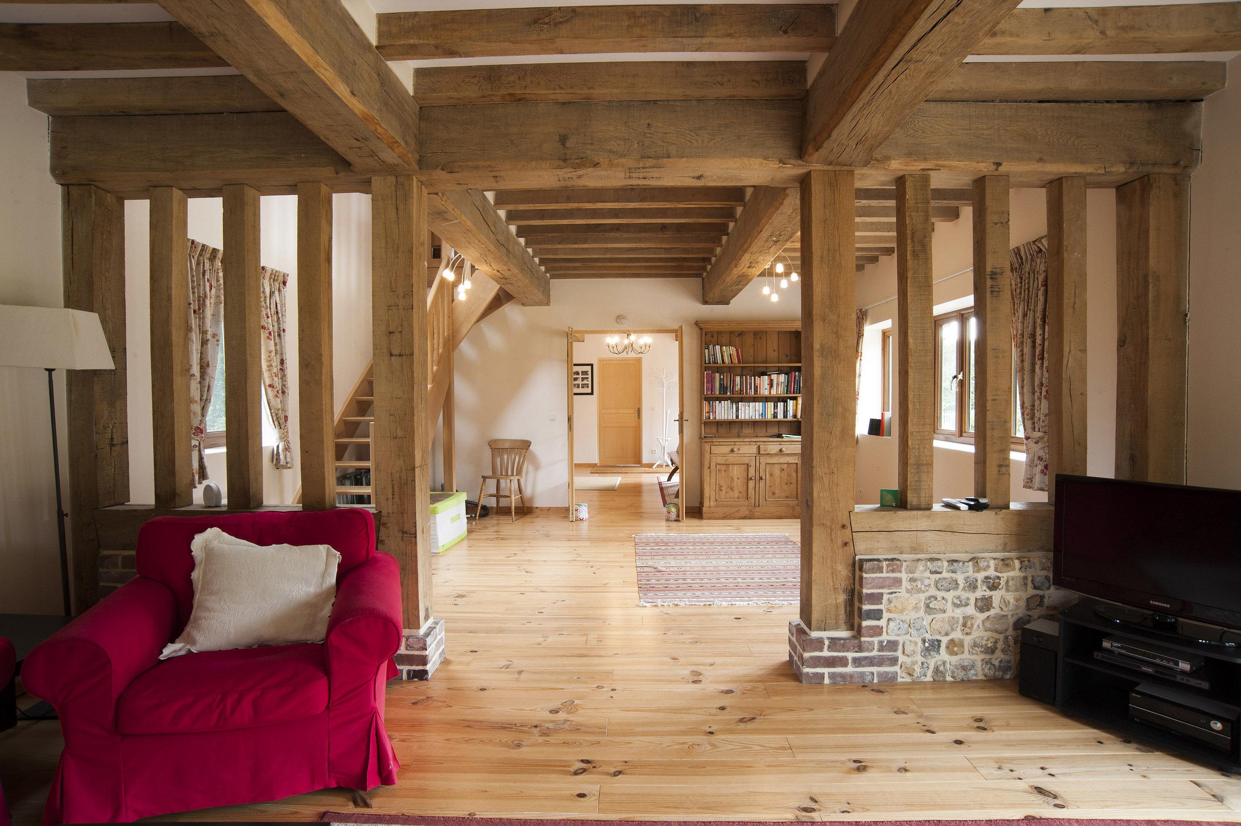 livingroom5564.jpg