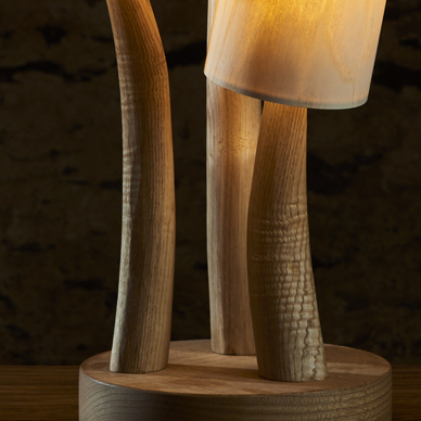 Ripple grain in chestnut lamp